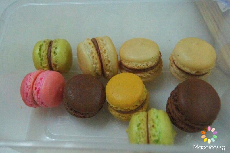 Singapore Macarons - French Meringue Method