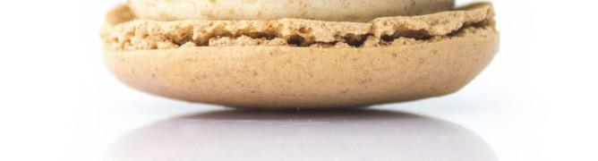 Speculoos-Cookie-Butter Macarons In Singapore